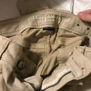 Brand new American eagle khaki jeggings.